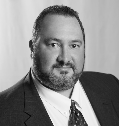 Kevin-Yerdon-SVP-of-Acquisitions-Victory-Hotel-Group-headshot475-500